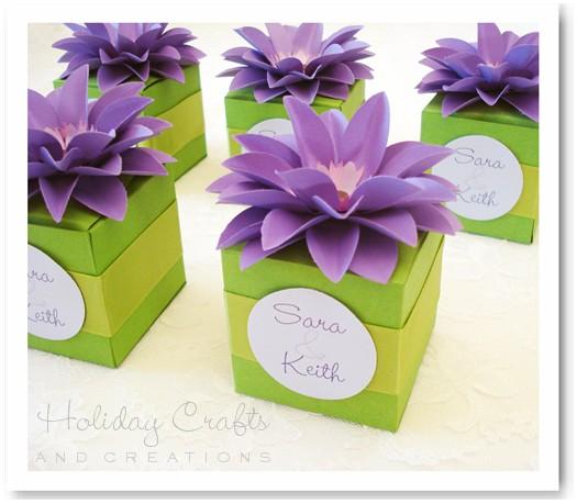 подарочная коробка с цветком своими руками (3)