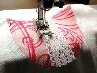 Платье для девочки из боди швейная переделка (11)
