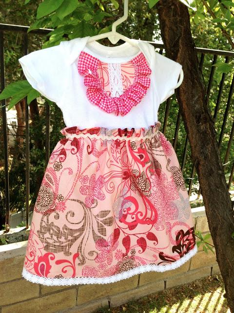 Платье для девочки из боди швейная переделка (17)