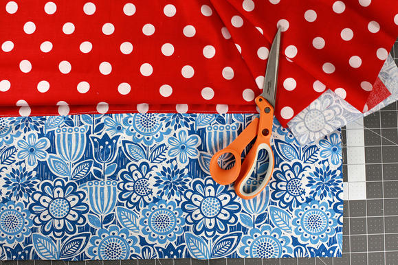 При недостатке длины используйте полосу другой ткани