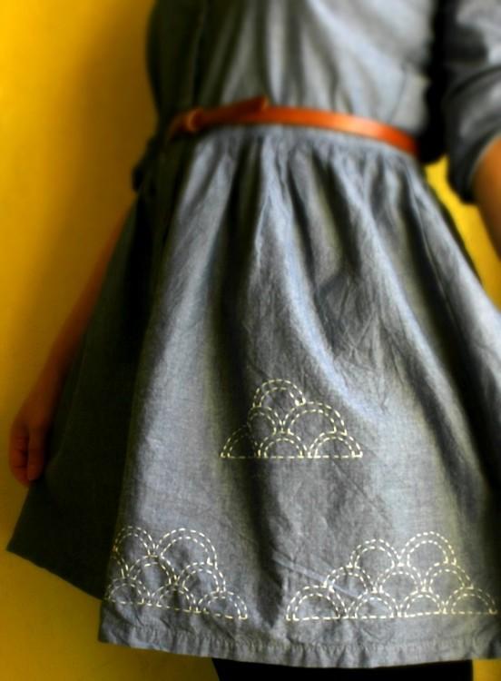 """Платье, оформленное в технике """"сашико"""""""