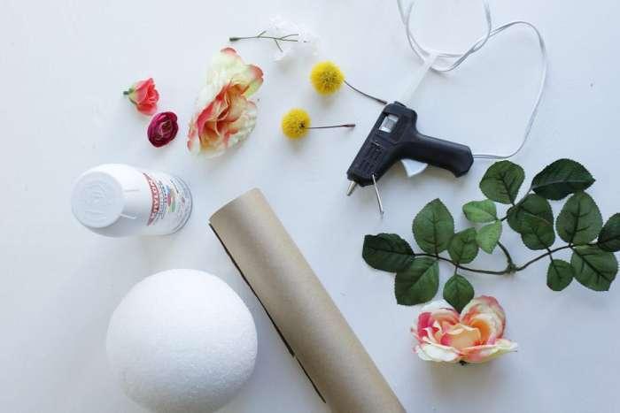 Креативный цветок на упаковку подарка
