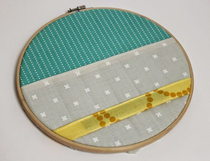 embroidery-hoop-open-hoop-and-secure-fabric